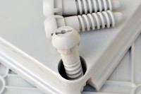 Peek Screw Fotolia_26548578_S.jpg